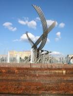 скульптура из нержавеющей стали