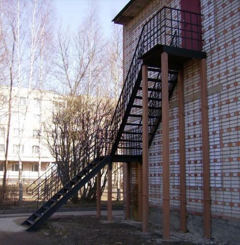 пожарные лестницы купить