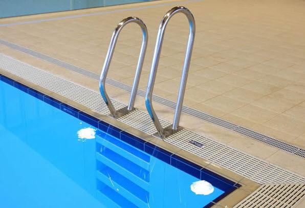 Поручни для бассейнов и саун и другие изделия
