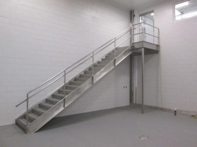 металлические лестницы цена