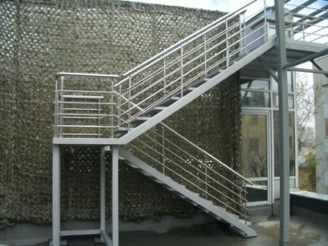 металлические лестницы купить