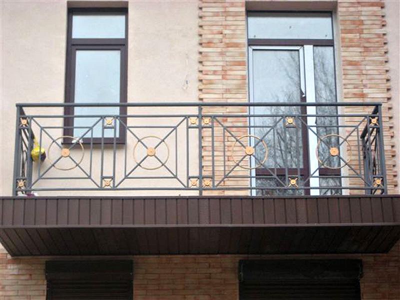 Какие металлоконструкции используют для реставрации балконов?